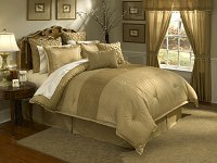 Lantana - 4pc Queen Comforter Set (Gold)