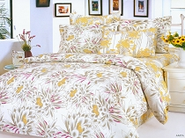 Anita - An Abstract Blend of Golden and Yellow Flowers on a White Backdrop with a Reversible Design by Dophia, 6pc Full / Queen Duvet Cover Set