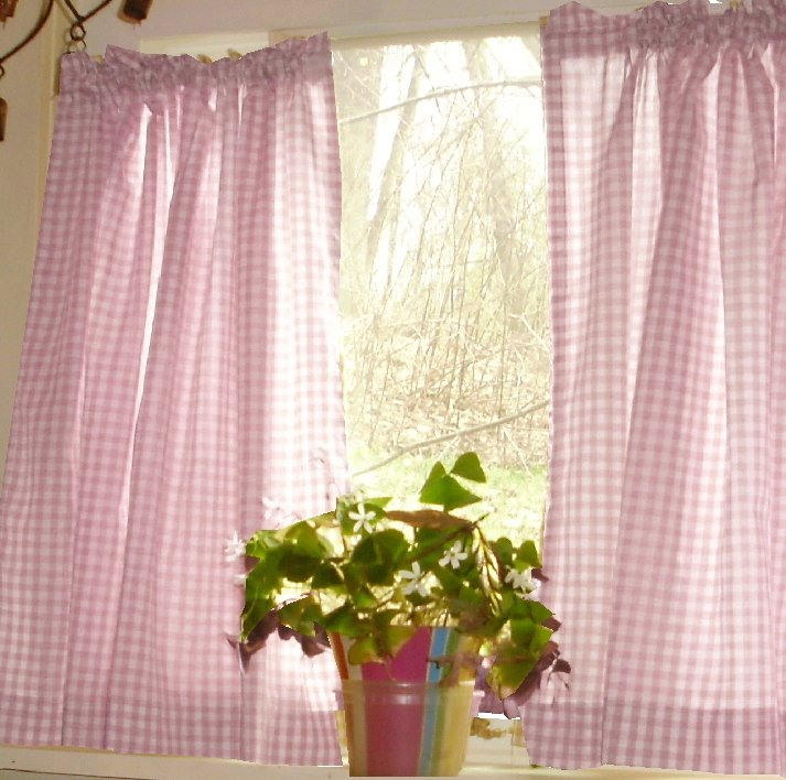 Light Pink Gingham Kitchen/Café Curtain (unlined Or With