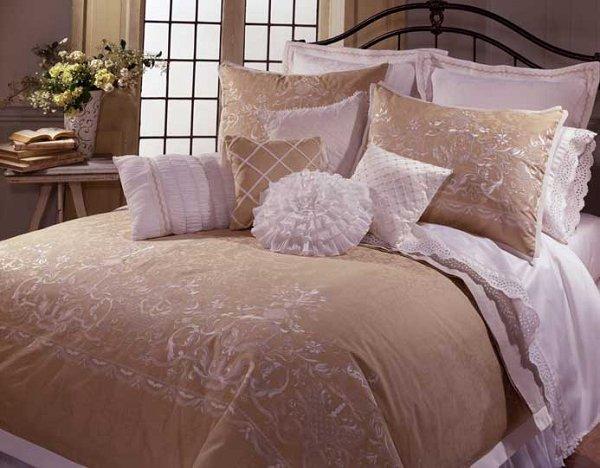 Serafina 4 Pc King Comforter Set Taupe