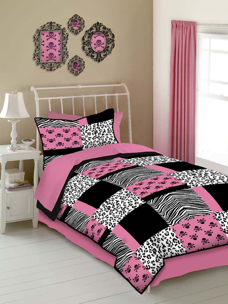 Pink Skulls 4 Pc Full Comforter Set Pink