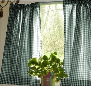 Hunter Green Gingham Kitchen/Café Curtain (unlined or with white or blackout lining in many custom lengths)