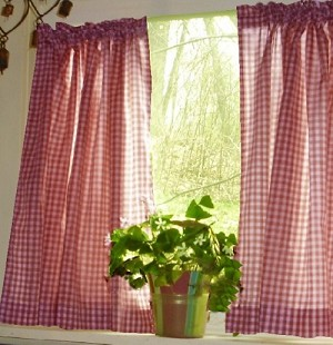 Red Gingham Kitchen/Café Curtain (unlined or with white or blackout lining in many custom lengths)