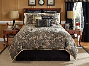 Alamosa-4-PC King Comforter Set (Black-Tan)